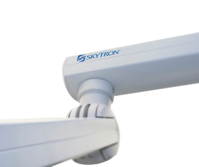 Close up shot of Skytron Ergon 3 arm at a joint point